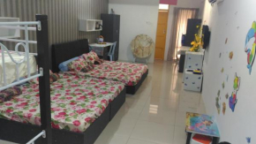 6 beds family deluxe room