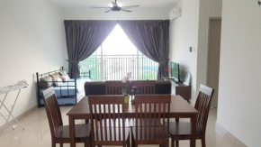 Cozy Aliff Avenue Apartment|| 15 minutes to every place in JB