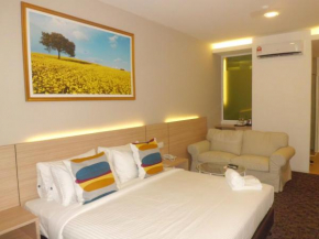 Triple Tree Xpress Hotel