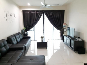 Spacious 3 bedroom Impiana Condo